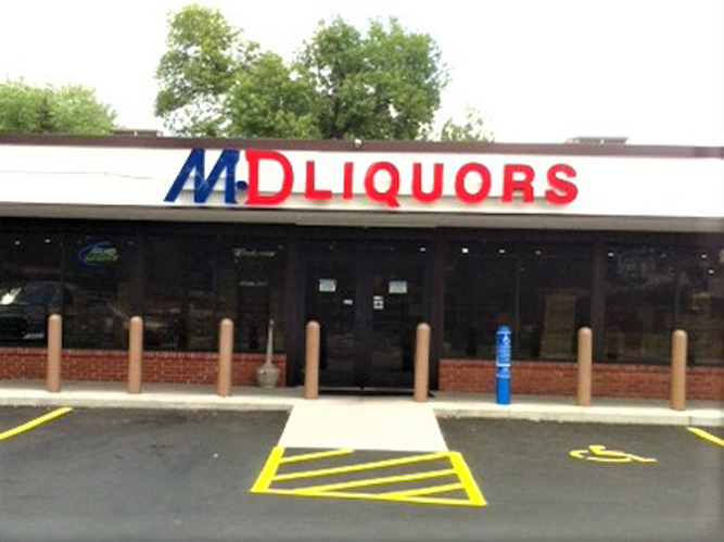 MD Liquors - LED light Channel Letters sign - Impression Signs and Graphics - Oakdale, MN