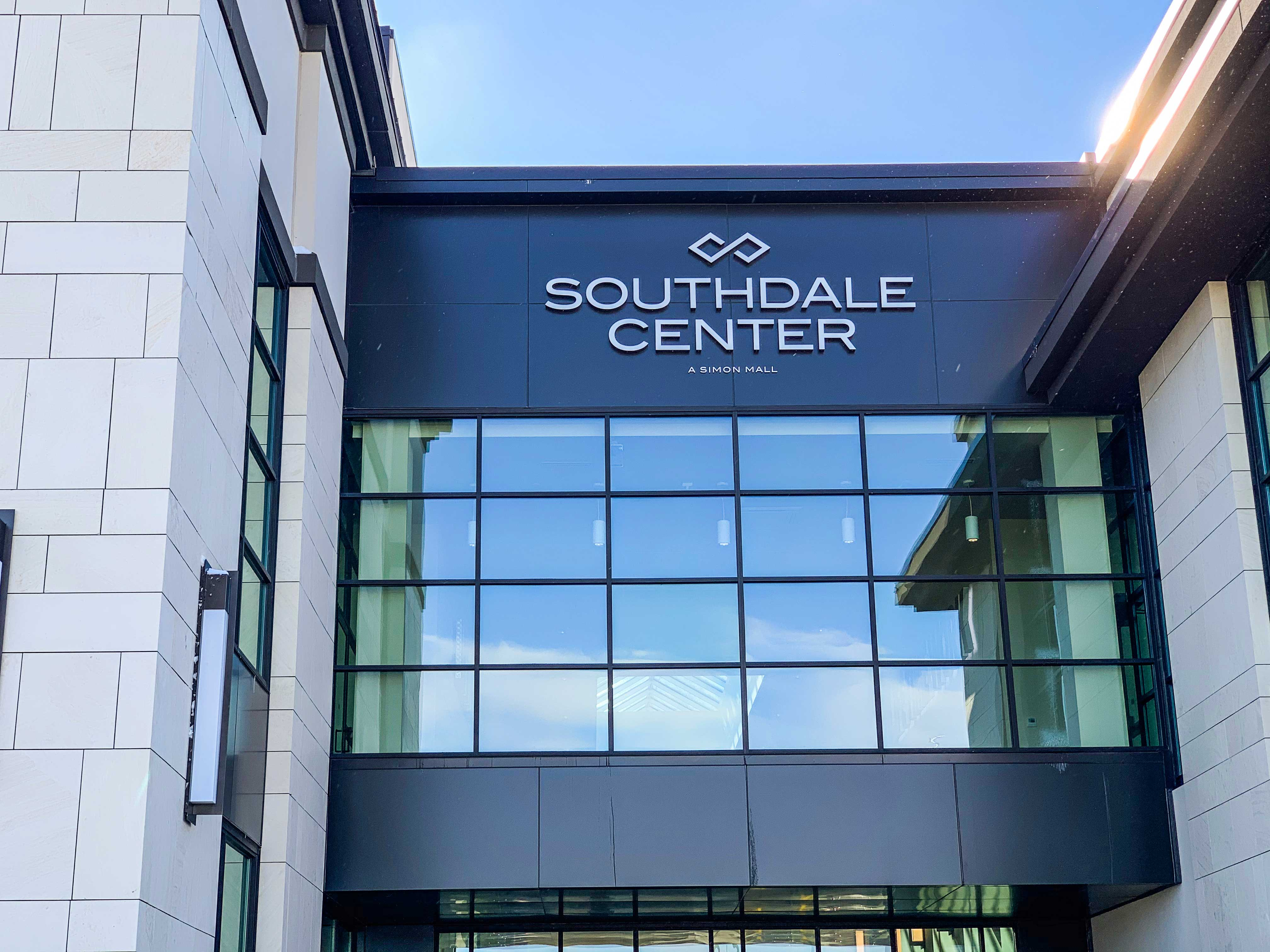 Southdale Center - LED light Channel Letters sign - Impression Signs and Graphics